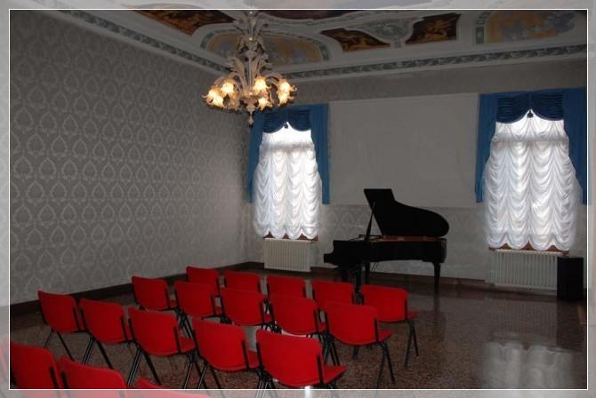 sala-pianoforte